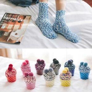🎁Cupcake Socks! New Colors!